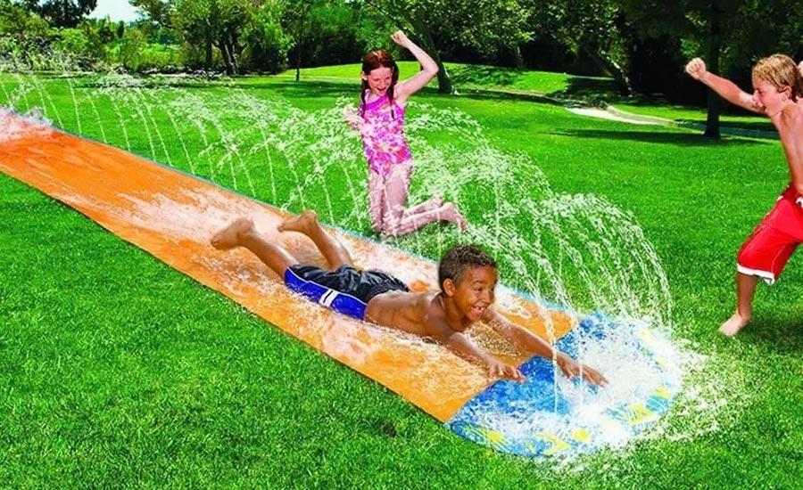 4 dôvody, prečo založiť siaty trávnik v lete
